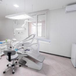 Стоматологічна клініка Доктор Ватанов - 12